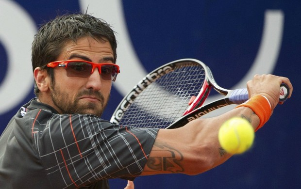 tênis Janko Tipsarevic  nas semifinais em Stuttgart (Foto: EFE)