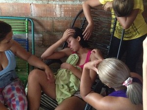 Darlene Menina achada morta em fossa foi à casa da vizinha ver TV, diz mãe (Foto: Sílvio Túlio/G1)