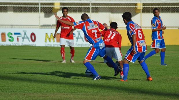 Tremendão conseguiu a primeira vitória no 2º turno (Foto: Thiago Barbosa/GLOBOESPORTE.COM)