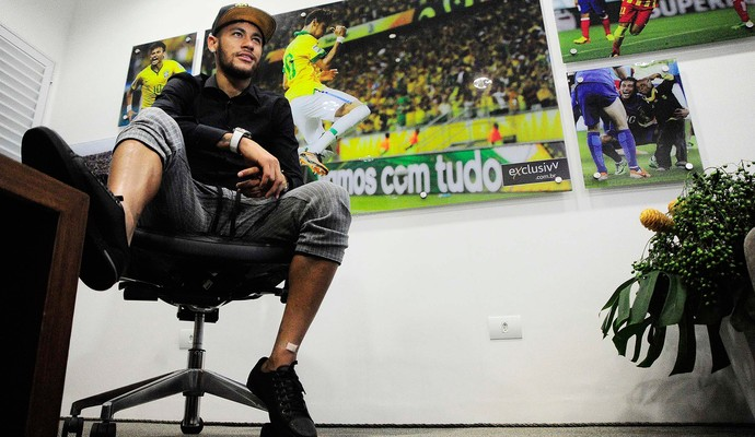 Entrevista com Neymar (Foto: Marcos Ribolli)
