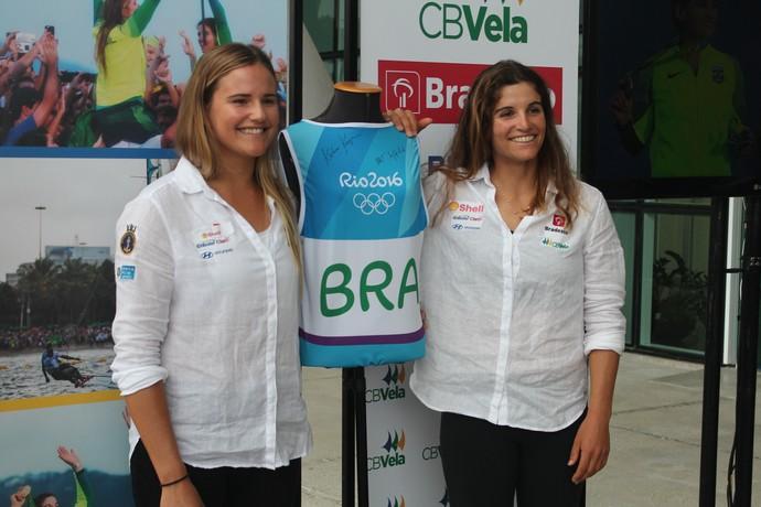 Kahena Kunze e Martine Grael acordo BR Marinas CBVela (Foto: Edu Chagas/ CBVela)