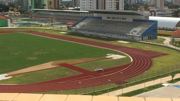 pista atletismo vila olímpica ronaldo marinho (Foto: Danielle Vasconcelos)