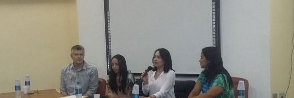 A jornalista debateu sobre os novos olhares do audiovisual piauiense (Foto: Laurivânia Fernandes)