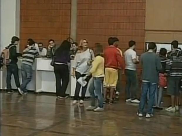 Primeiro dia de vendas de ingressos para o FIT foi tranquilo (Foto: Reprodução / TV Tem)