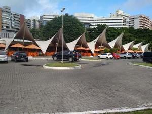 Estacionamento e boxes serão fechados a partir desta quinta-feira (30) (Foto:  Maiana Belo / G1 BA)