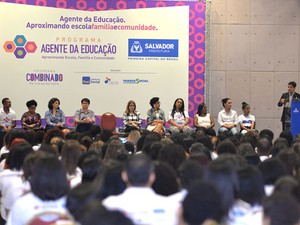 Agentes de educação são empossados em Salvador (Foto: Max Haack/Agecom)