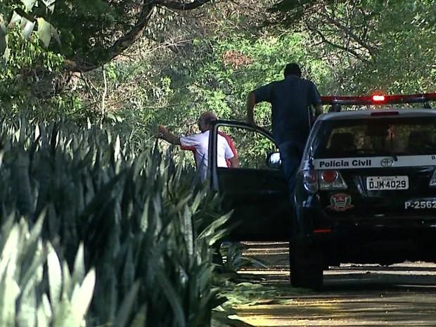 Polícia Civil informou que buscas por fugitivos continuarão durante a noite (Foto: Reprodução/EPTV)