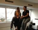 'Senhor Coxa' levanta duas mulheres só com as pernas na musculação