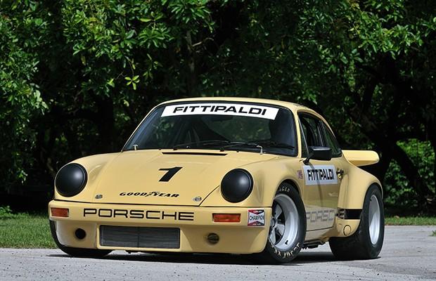 O Porsche 911 RSR foi pilotado por Emerson Fittipaldi antes de ser comprado por Escobar (Foto: Divulgação)