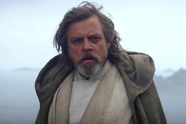 Luke Skwaylker em cena de 'Star Wars: Episódio VII - O Despertar da Força' (Foto: Reprodução)