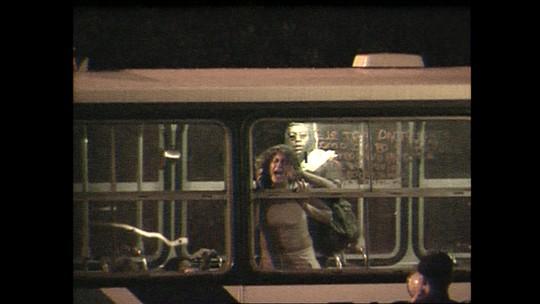 Em 2000, sequestro a ônibus no Rio terminou com mortes; relembre o 174