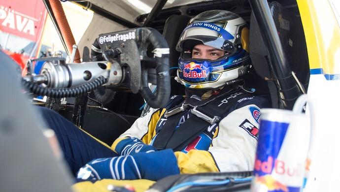 Felipe Fraga disputou pela primeira vez uma prova de rua da Stock Car (Foto: Bruno Terena/Red Bull Content Pool)
