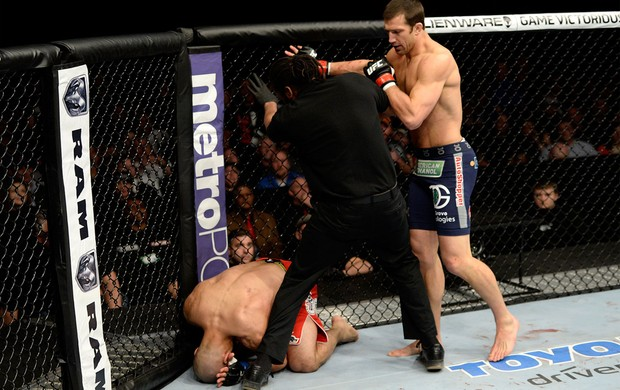 UFC Costa Philippou x Luke Rockhold MMA (Foto: Getty Images)