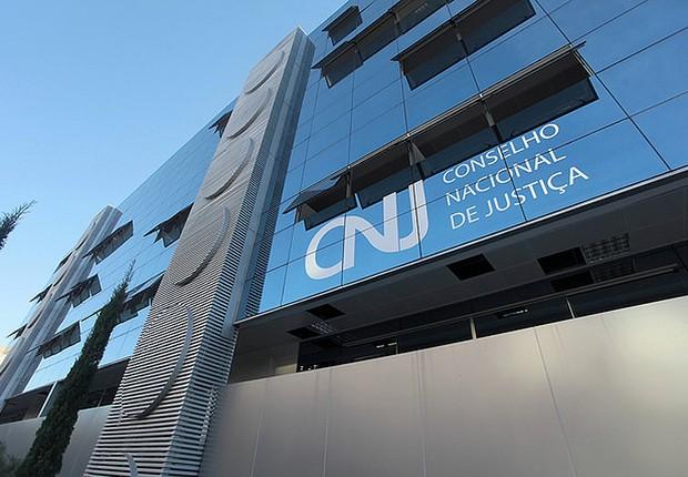 Cármen Lúcia 'horrorizada' com falta de transparência do Judiciário