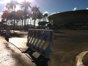 Os principais acessos para o Estádio Nacional de Brasília já foram fechados pelo Detran  (Foto: Káthia Mello/G1 DF)