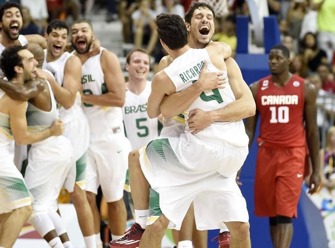 Brasil Canadá final basquete Pan Toronto (Foto: Reuters)