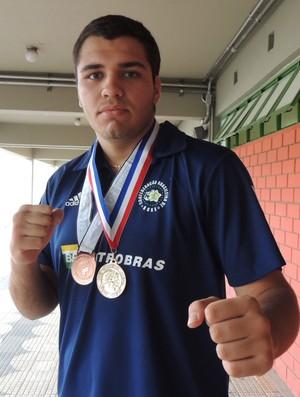Jhonny Klever Lutador boxe Mogi (Foto: Thiago Fidelix)