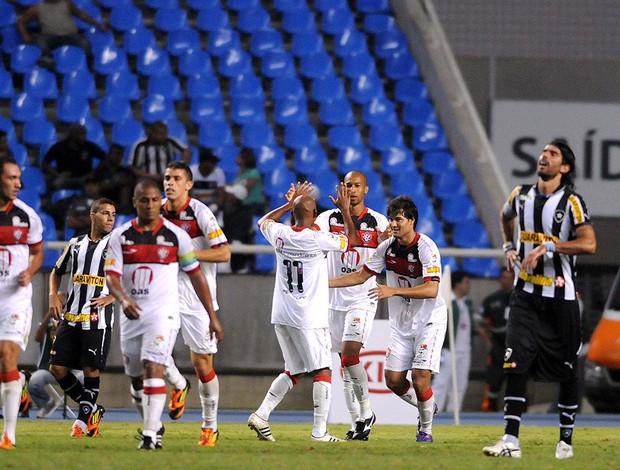 Pedro Ken, Botafogo x Vitoria (Foto: Dhavid Normando / Futura Press)
