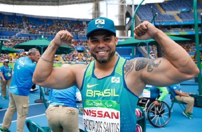 Resultado de imagem para Claudiney garante mais uma conquista no Estádio Olímpico