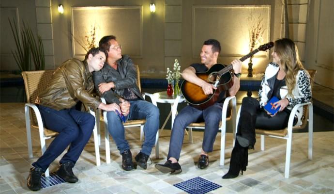 'Em família', entrevista teve bom humor e boa música (Foto: Reprodução / EPTV)