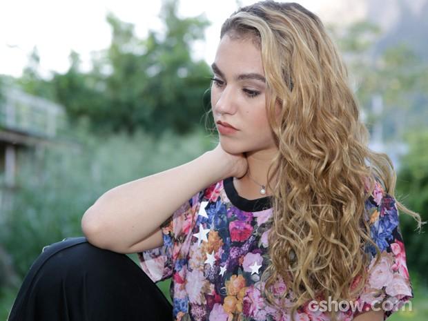 Ela acredita que falte apenas isto para completar sua personagem (Foto: Fábio Rocha / TV Globo)