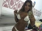 Fiu, fiu! Andressa Ferreira renova marquinha do bronzeado