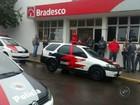 Quadrilha armada assalta agência bancária no centro de Tabatinga