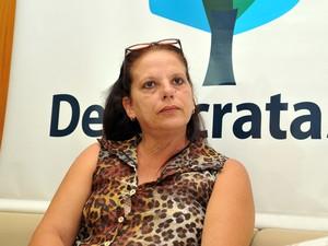 Médica cubana falou com jornalistas nesta quarta-feira na liderança do DEM na Câmara (Foto: Zeca Ribeiro / Câmara dos Deputados)