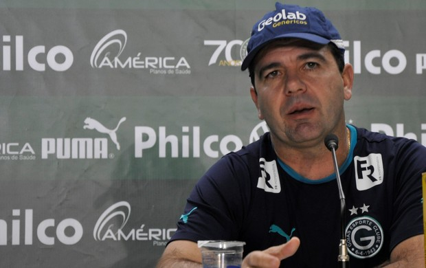 Enderson Moreira - técnico do Goiás (Foto: Guilherme Gonçalves / Globoesporte.com)