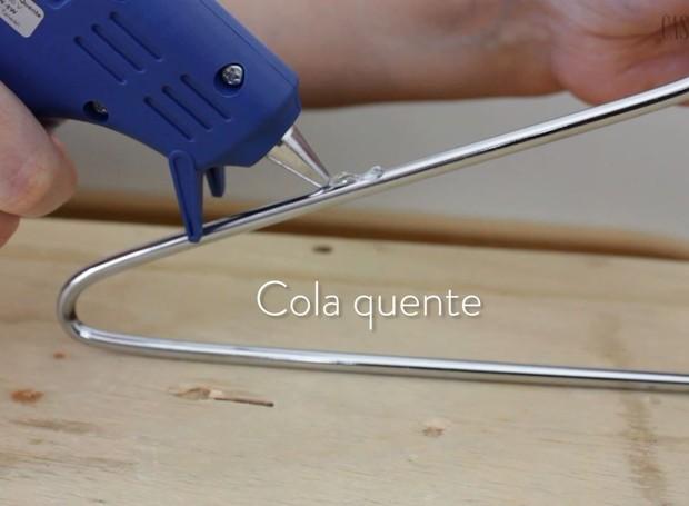 cabide-cola-quente (Foto: Casa e Jardim)