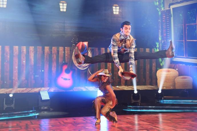 Felipe Simas salta para o sucesso no country (Foto: Carol Caminha/Gshow)