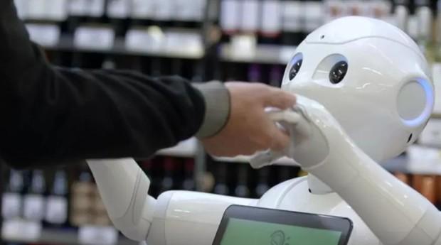 robo, mercado, demitido, tecnologia (Foto: Reprodução/BBC)