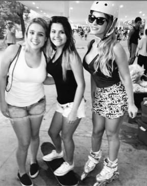 Babi Rossi com a irmã e a amiga (Foto: Reprodução_Instagram)