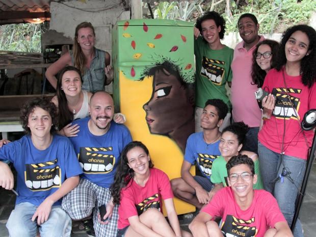 Jovens das Oficinas Querô tiveram a ajuda de Leonardo Shesko (Foto: Thaianne Spinassi / Oficinas Querô)