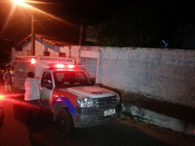 Crime aconteceu no bairro de Rego Moleiro, em São Gonçalo do Amarante (Foto: Kleber Teixeira/Inter TV Cabugi)