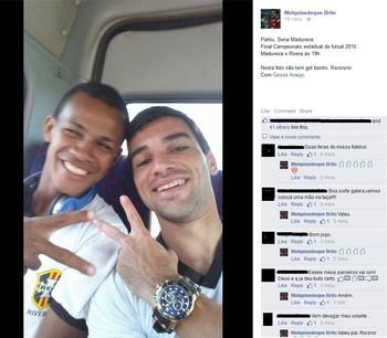 Kinho posta foto com Gessé a caminho de jogo de futsal no Acre (Foto: Reprodução/Facebook)