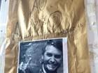Cartaz com foto de Bolsonaro é colada na Ufac com frase 'cuspe ao alvo'