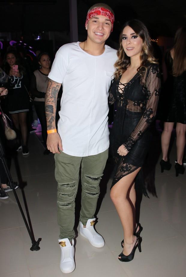 MC Gui e a namorada, Luiza Cioni (Foto: Thiago Duran/AgNews)