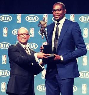 Kevin Durant Prêmio MVP (Foto: Reprodução / Twitter NBA)