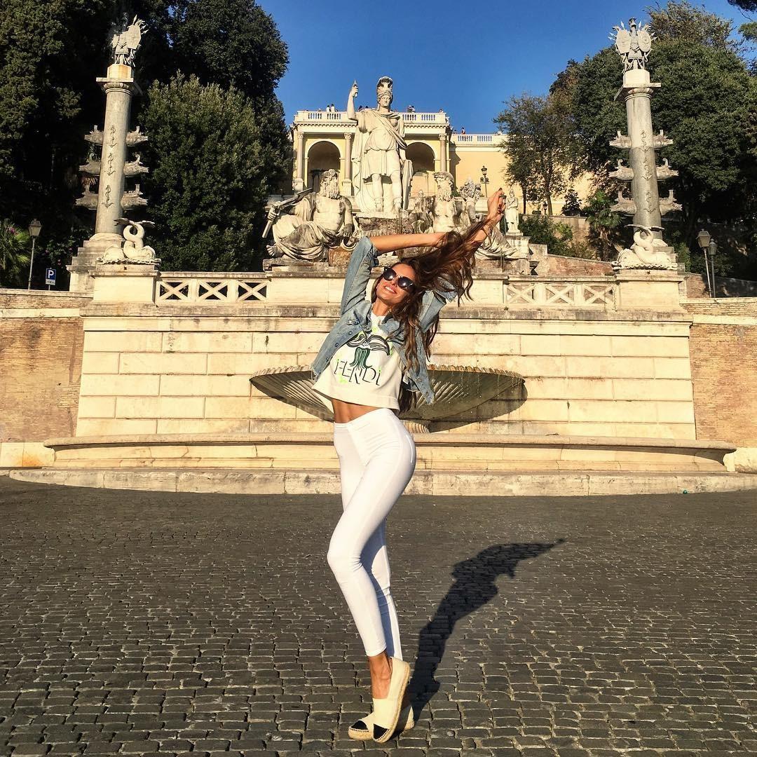 Izabel em Roma: é muita alegria (Foto: Reprodução/Instagram)