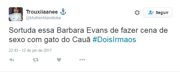 Cena quente de Cauã Reymond e Bárbara Evans bomba na web (Foto: Reprodução / Instagram)