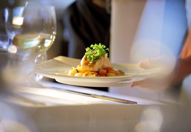 Garçom ; restaurante ; comer fora ; serviços ; trabalho temporário ;  (Foto: Thinkstock)