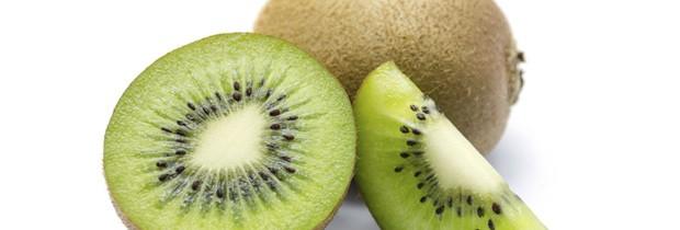 Pesquisa norte-americana de 2011 apontou que comer kiwi ajudar a dormir (Foto: Think Stock)