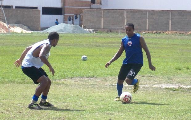 Robson - atacante do Maranhão (Foto: Bruno Alves)