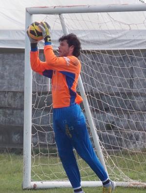 Goleiro Douglas - Maranhão (Foto: Bruno Alves)