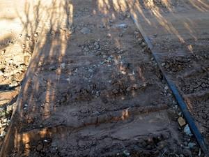 Proximidade de trilhos é principal argumento de famílias - Piracicaba (Foto: Thomaz Fernandes/G1)