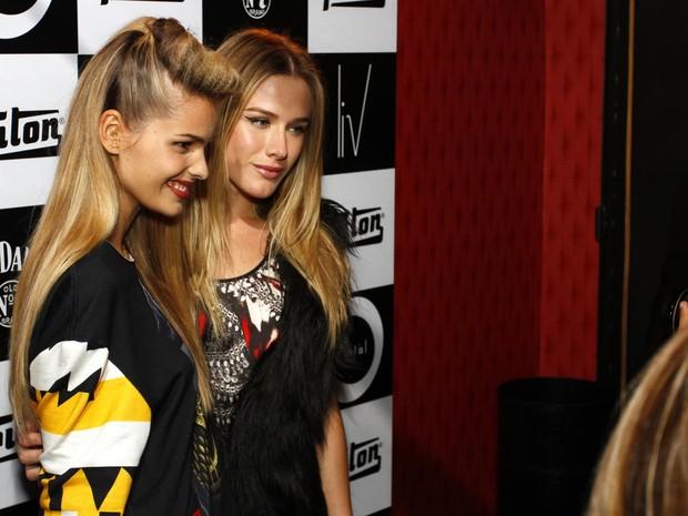 Yasmin Brunet e Fiorella Mattheis em festa em São Paulo (Foto: Paduardo/ Ag. News)