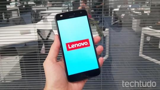 Moto Z2 Play vs Galaxy S7: compare preços e especificações dos celulares