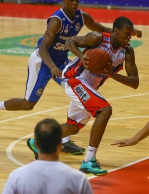 Em jogo fraco tecnicamente, Limeira vence Pinheiros e é bronze na LDB  (Foto: Luiz Pires/LNB)