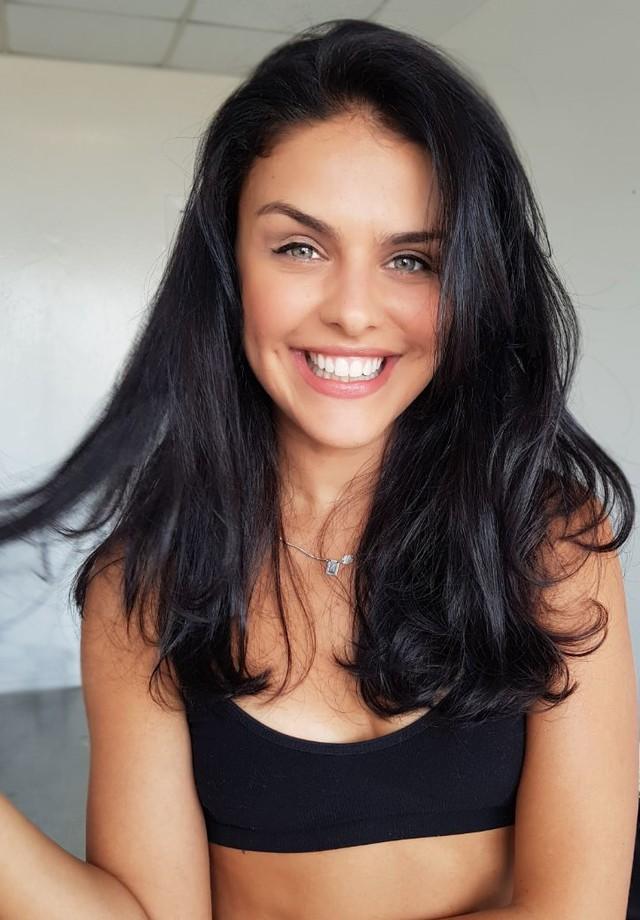 Paloma Bernardi muda visual para dar vida a nova personagem nas telonas (Foto: Divulgação )